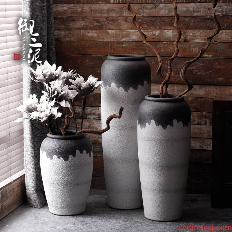 Jingdezhen contracted and I ceramic vases, flower arranging is landing furnishing articles furnishing articles dried flowers to decorate the Nordic creative home