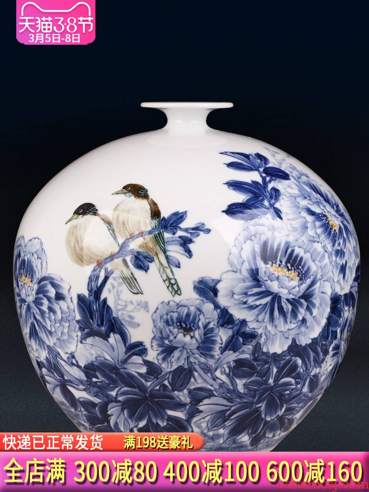 Jingdezhen ceramics by hand draw blue and white porcelain vases, flower arrangement of Chinese style household furnishing articles, the sitting room porch decorations