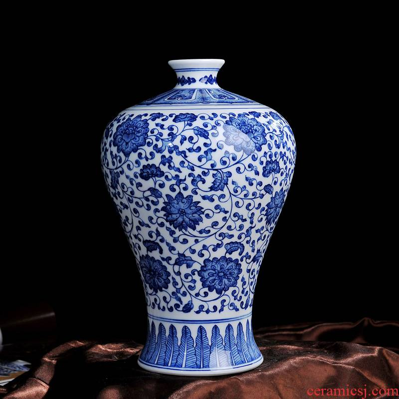 Jingdezhen ceramics kangxi style antique blue and white porcelain vase name plum bottle fashion crafts home furnishing articles in the living room