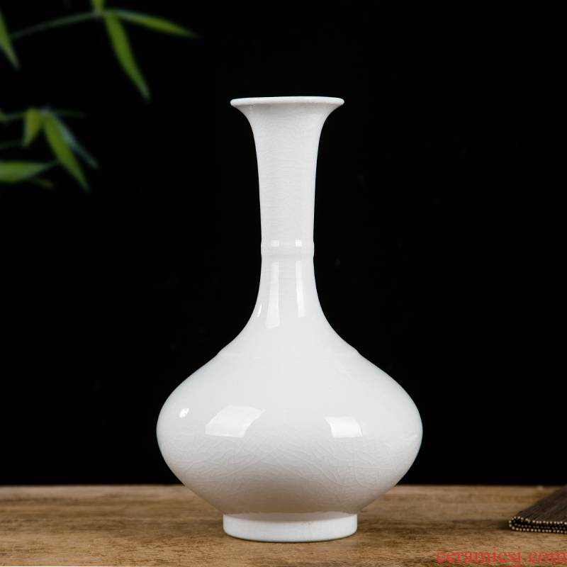 Jingdezhen ceramics white vase is contracted and I longquan celadon household decoration wine accessories furnishing articles
