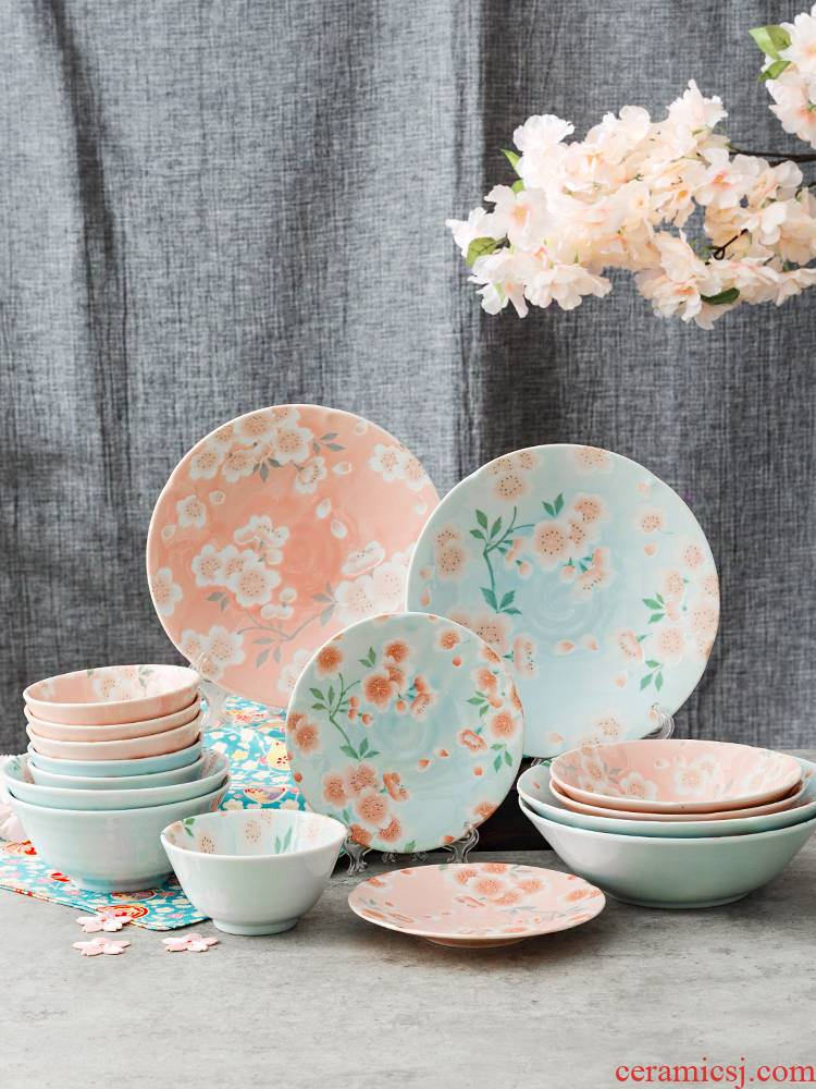 Tao interest in imported from Japan and creative dishes porcelain Japanese cherry blossom put ceramic bowl plate suit gifts