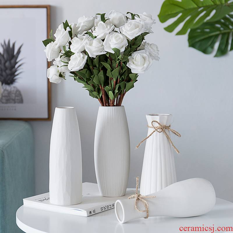 The Big white dried flowers all over the sky star vase decoration ceramics handicraft furnishing articles wholesale flower creative living room office