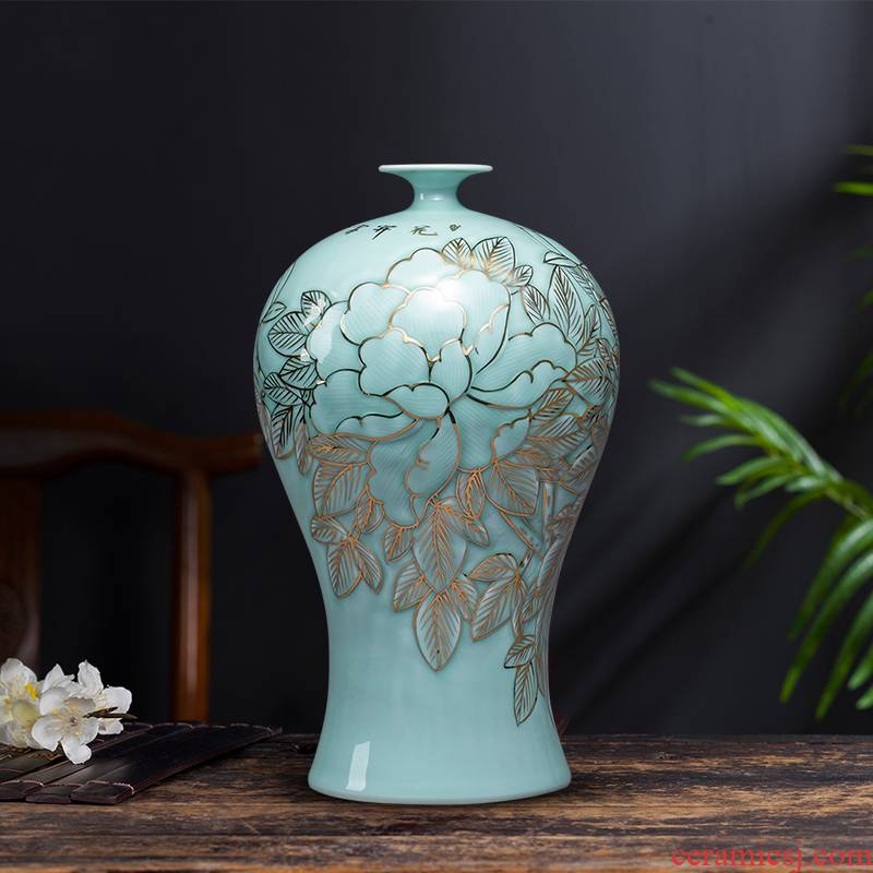Jingdezhen ceramics by hand shadow see big blue glaze vase sitting room decoration of Chinese style office furnishing articles