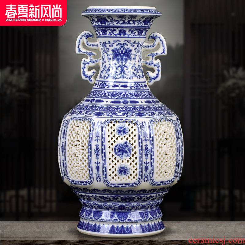 Large jingdezhen ceramics vase ivory thin tire hollow out blue and white porcelain vase home sitting room adornment is placed
