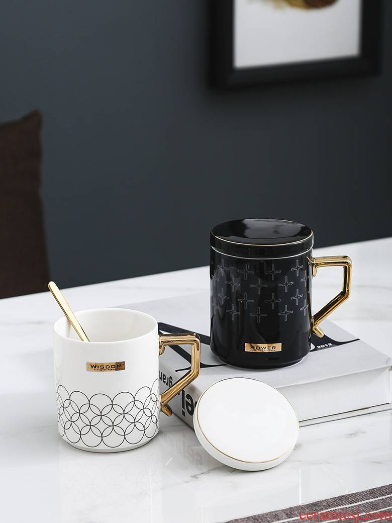 Creative ceramic mugs couples handle glass cup coffee cup to cup contracted female office cup with cover