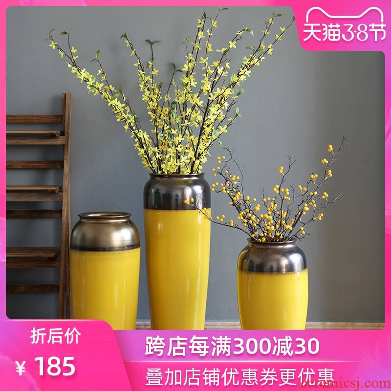 Simulation flower fake flower adornment art show modern ceramic vase furnishing articles flower arranging ground large sitting room decoration is golden