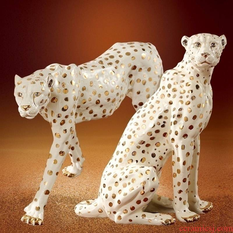 European sitting room porch TV ark, big furnishing articles creative ceramic lucky leopard crafts and office decoration