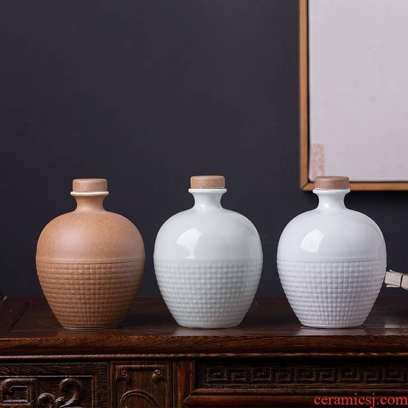 Jingdezhen ceramic bottle is a kilo of domestic liquor wine jar sealed flask custom creative empty wine bottles