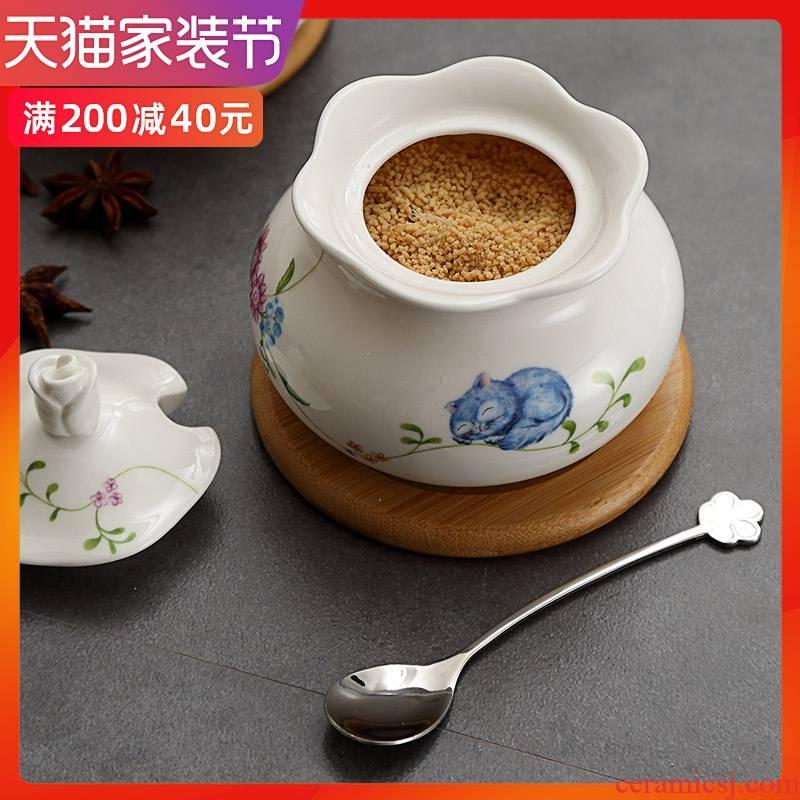Creative kitchen seasoning jar of large single pot seasoning ceramic pot seasoning spice jar salt pepper pot