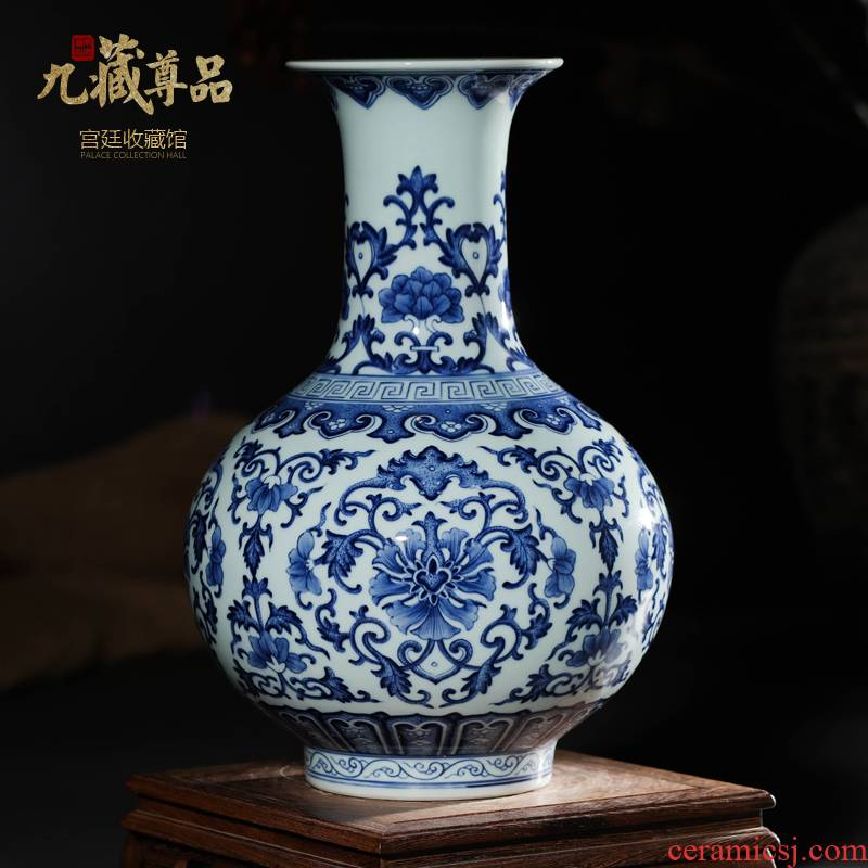 Jingdezhen ceramics antique hand - made of blue and white porcelain vases, flower arrangement sitting room of Chinese style of TV ark, home decoration furnishing articles