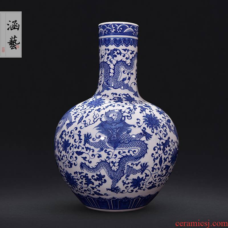 Jingdezhen ceramics vase furnishing articles sitting room flower arranging Chinese longteng the qing qianlong blue and white porcelain decorative arts and crafts
