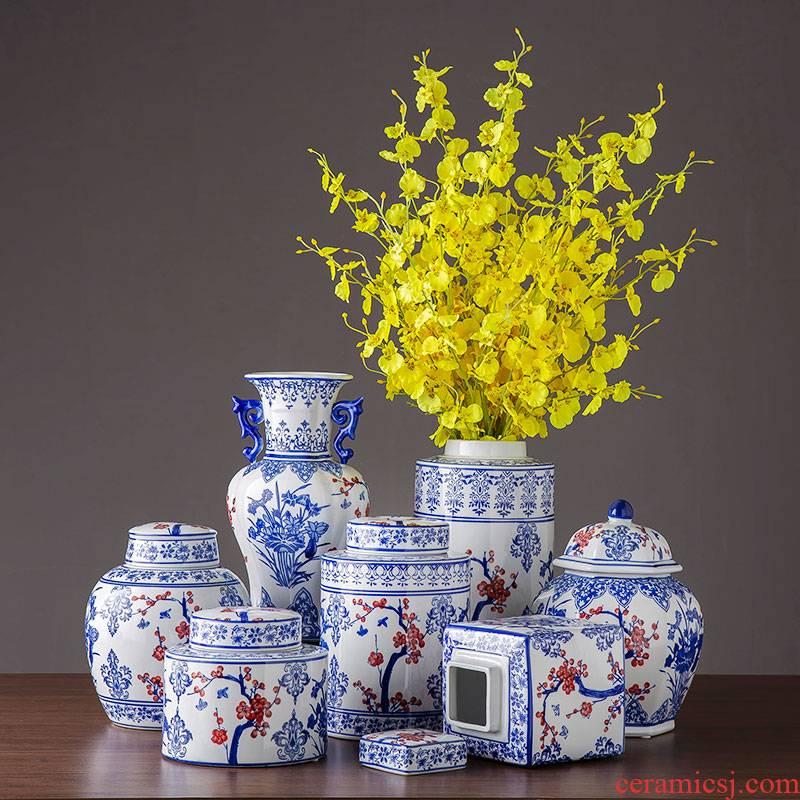 Jingdezhen porcelain ceramic vase home sitting room place, a large storage tank with cover flower arrangement of blue and white porcelain ornaments