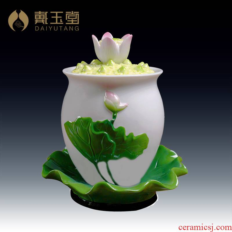 Yutang dai Buddhism ceramic Buddha with supplies for Buddha cup water purification before worship Buddha temple cup/floating lotus water cup