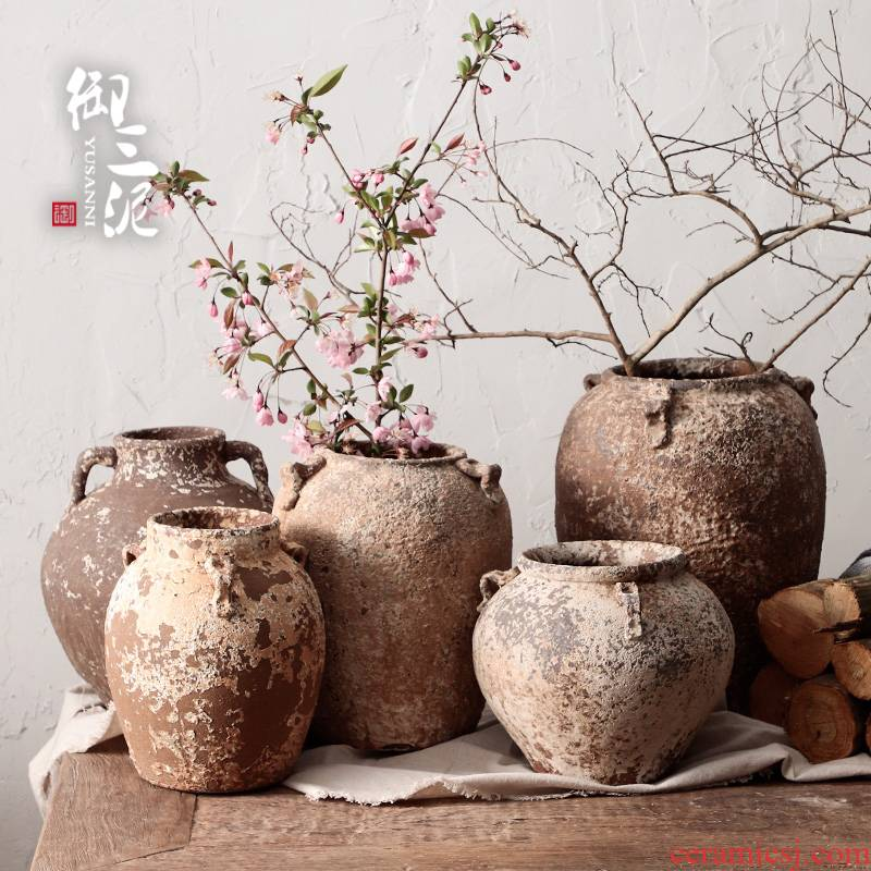 Manual coarse clay pottery TaoHua device, fleshy dry flower vase home stay facility the retro teahouse zen flowerpot orphan works