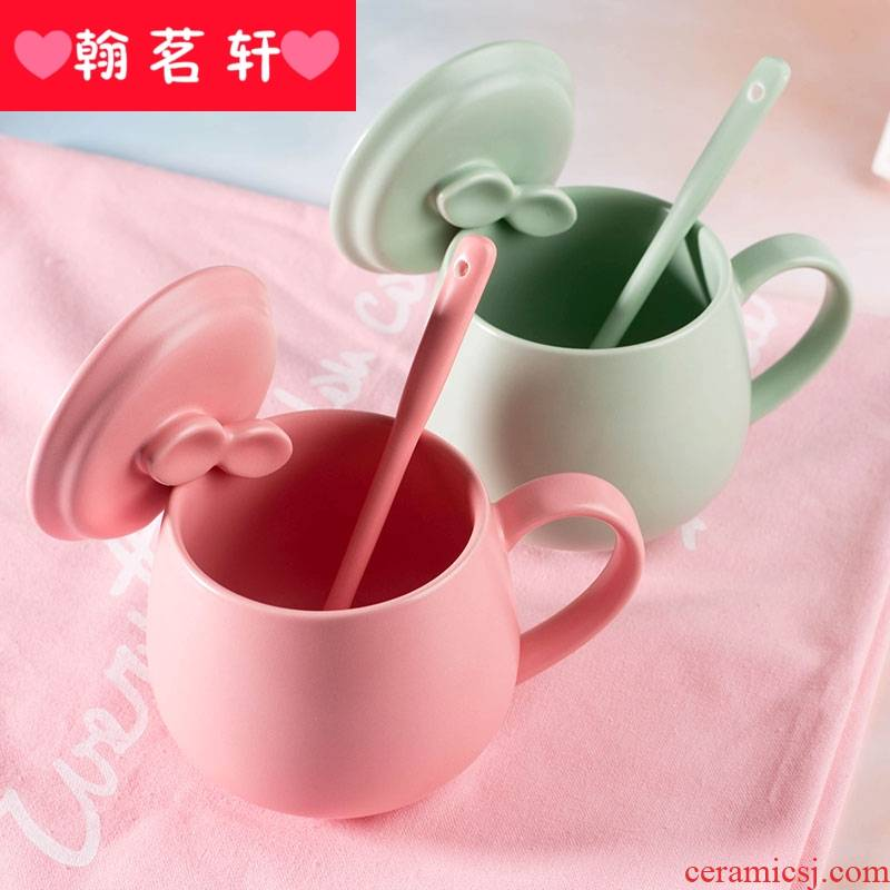 Girl ceramic keller cup with cover spoon, lovely creative trend character of household of breakfast coffee cup