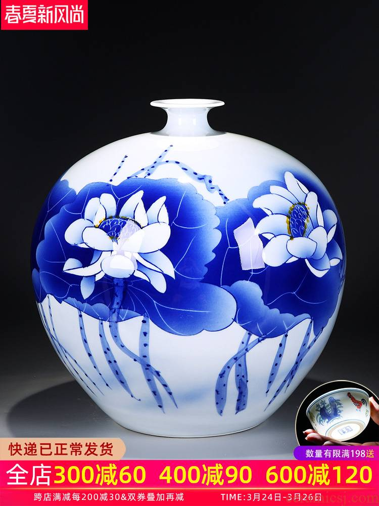Jingdezhen blue and white porcelain vases, ceramic furnishing articles flower arranging machine of Chinese style living room decorations hand - made porcelain craft porcelain