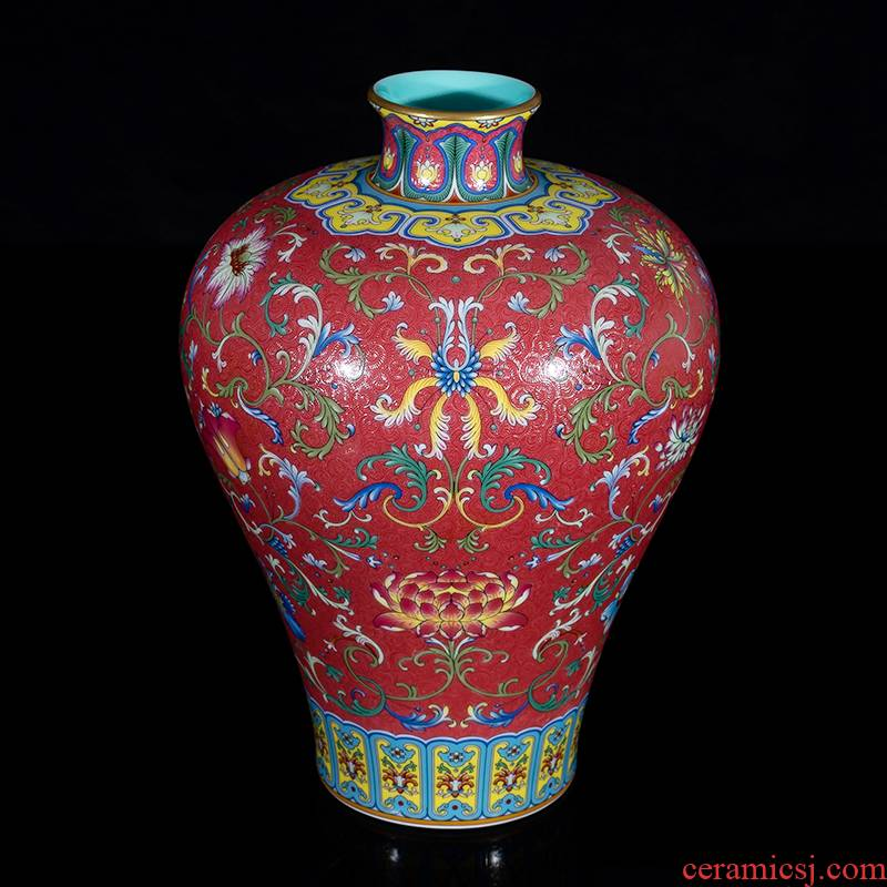 Jia lage jingdezhen YangShiQi master the qing qianlong palace ceramics vase and name purple lotus design grain mei bottle
