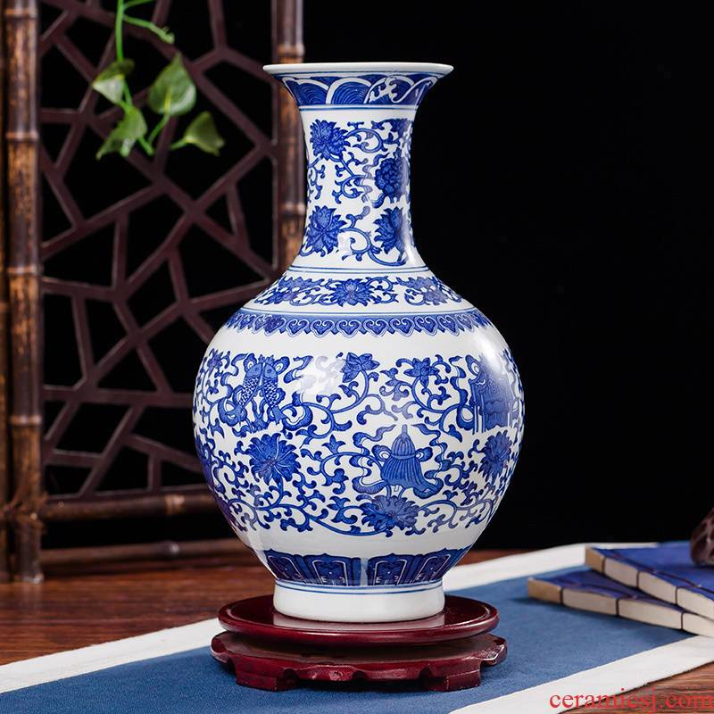 Jingdezhen ceramics antique flower arrangement of blue and white porcelain vase Chinese style furnishing articles contracted household act the role ofing is tasted the sitting room of handicraft