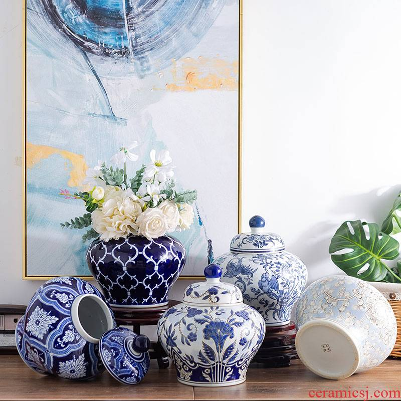 Jar of blue and white porcelain of jingdezhen ceramics flower arranging new Chinese I household adornment of the sitting room TV ark, furnishing articles