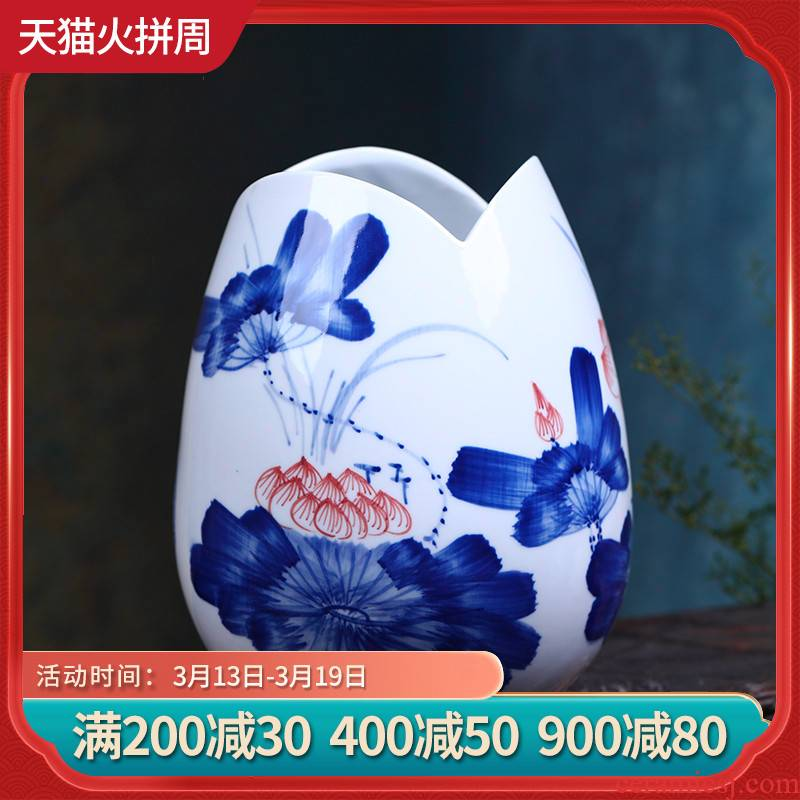 Jingdezhen ceramic flower arranging flowers is hand - made charge of blue and white porcelain rhyme furnishing articles fashion simple family sitting room adornment