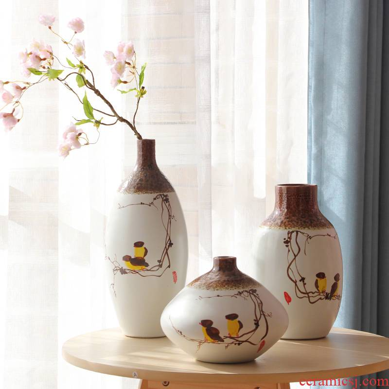 I and contracted jingdezhen hand - made ceramic vase three - piece dried flowers, flowers in the living room decoration decoration process