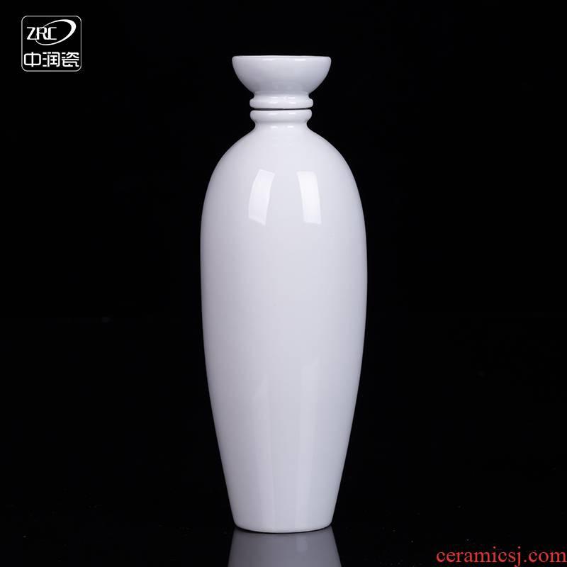 Creative jingdezhen ceramic bottle home wine pot liquor bottles of white tire seal gifts custom glass jar