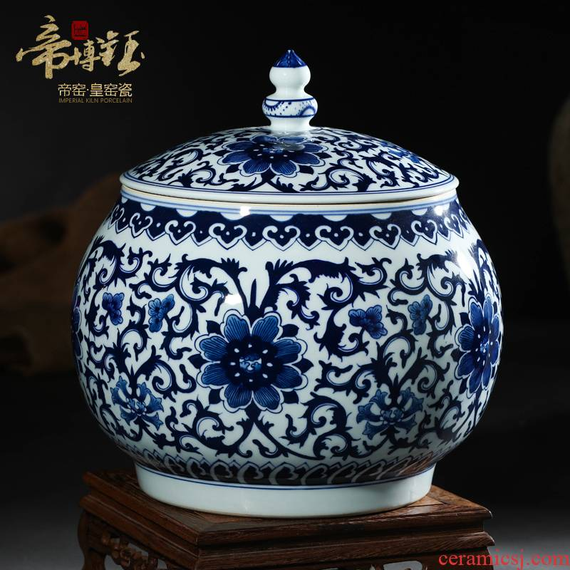 Blue and white porcelain of jingdezhen ceramics hand - made bound branch lines cover pot archaize general furnishing articles storage tank decoration decoration