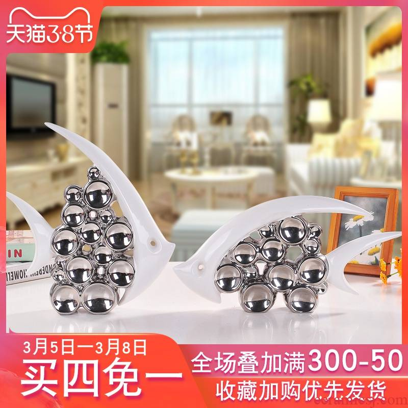 Modern ceramic arts and crafts house wine room of hall of TV ark, adornment is placed small creative decoration