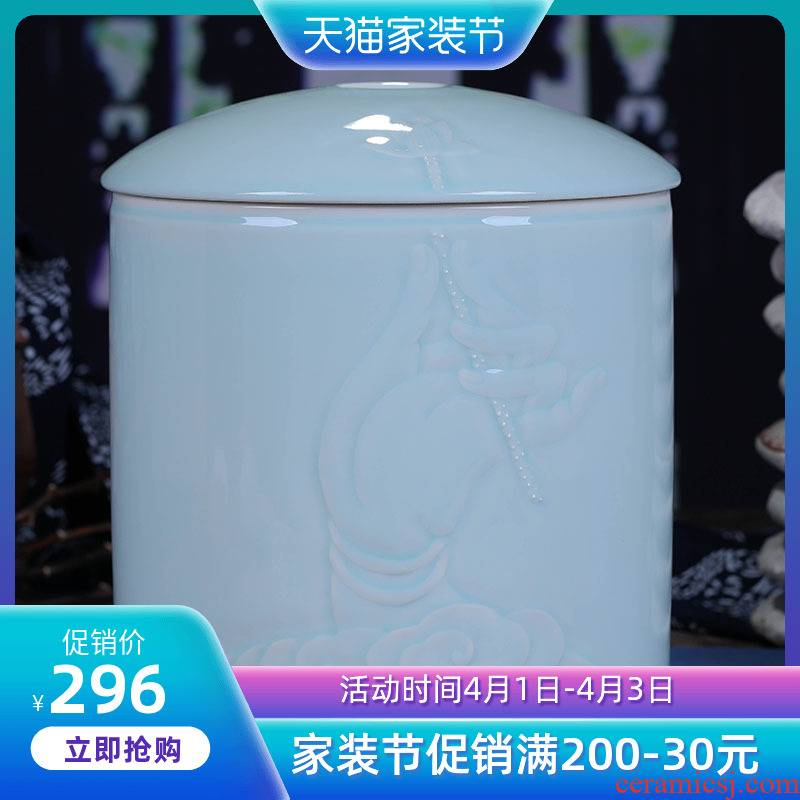 Jingdezhen ceramics large shadow green tea canister of bread seven general sealing medium household manually restoring ancient ways