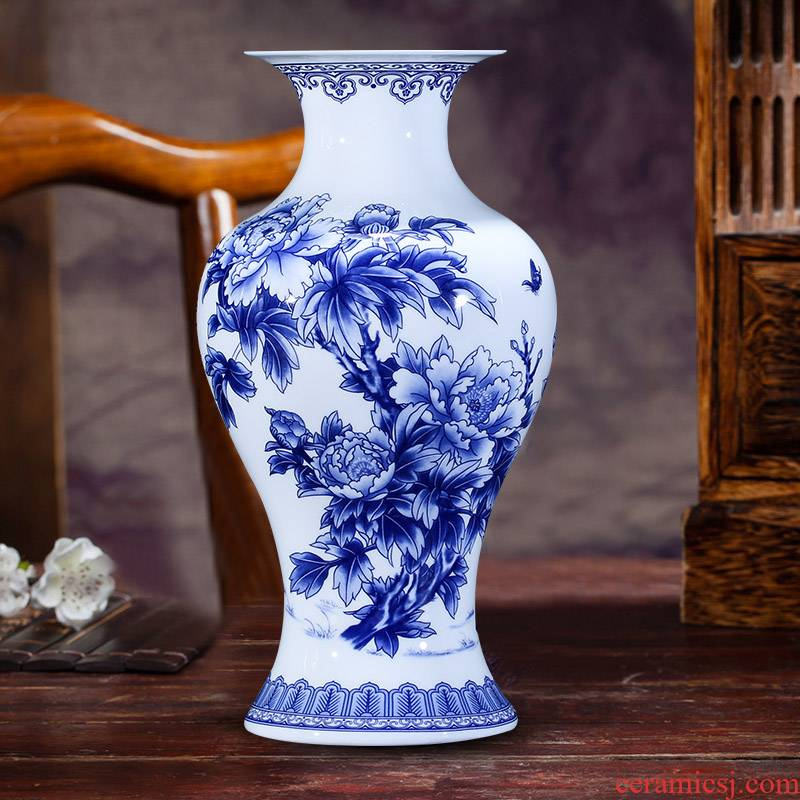 Jingdezhen ceramics thin foetus floret bottle of Chinese blue and white porcelain is ancient frame decorate the sitting room TV ark, flower arranging furnishing articles