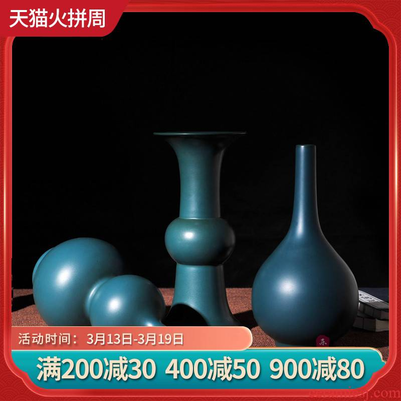 Peacock single glaze glaze porcelain vase jingdezhen ceramic vase furnishing articles floret bottle of blue vase Europe type restoring ancient ways