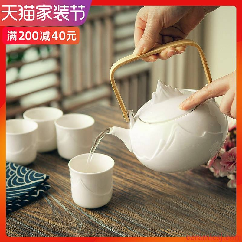 A pot of four cups of tea sets suit Chinese tea cup teapot tea cup with ceramic water kung fu tea set