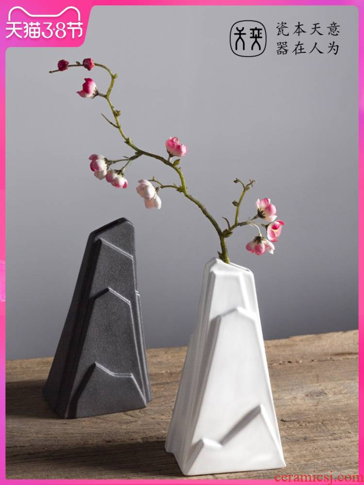 The rockery days yi ceramic vase furnishing articles, The sitting room is black and white flower arranging household decorations Chinese zen art