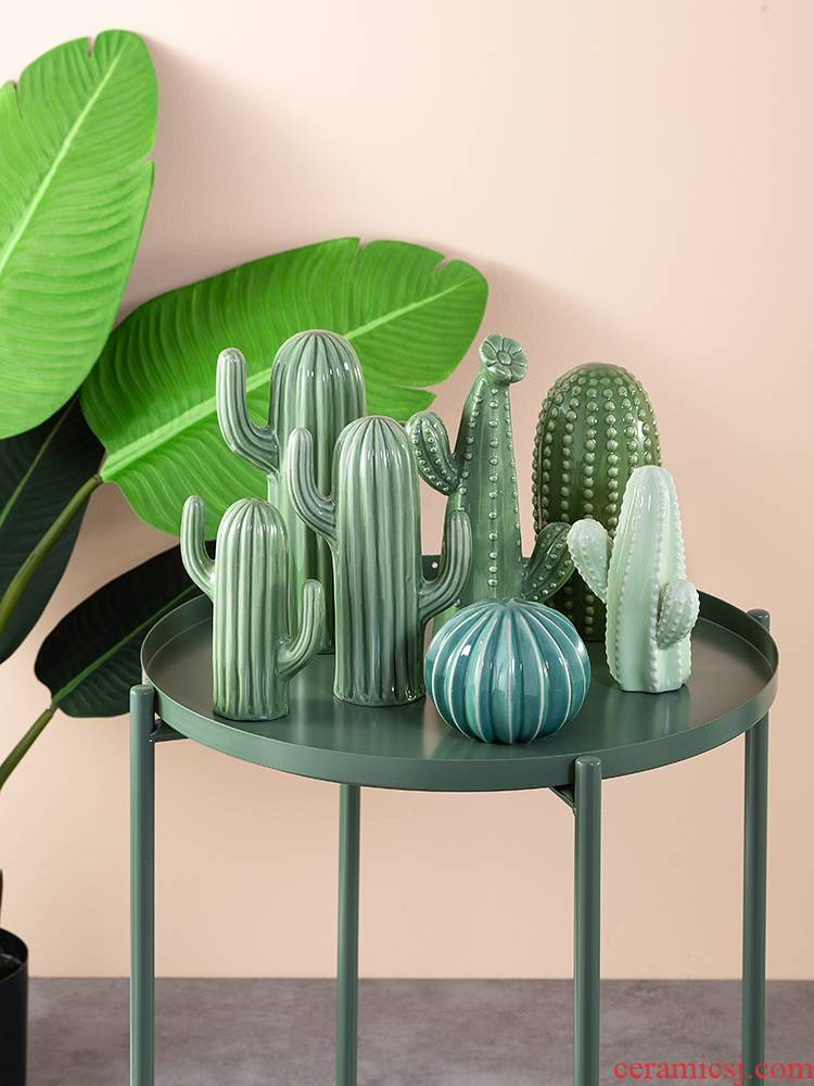 Boreal Europe style simulation cactus props ceramic household small place wine sitting room adornment ornament fairy column