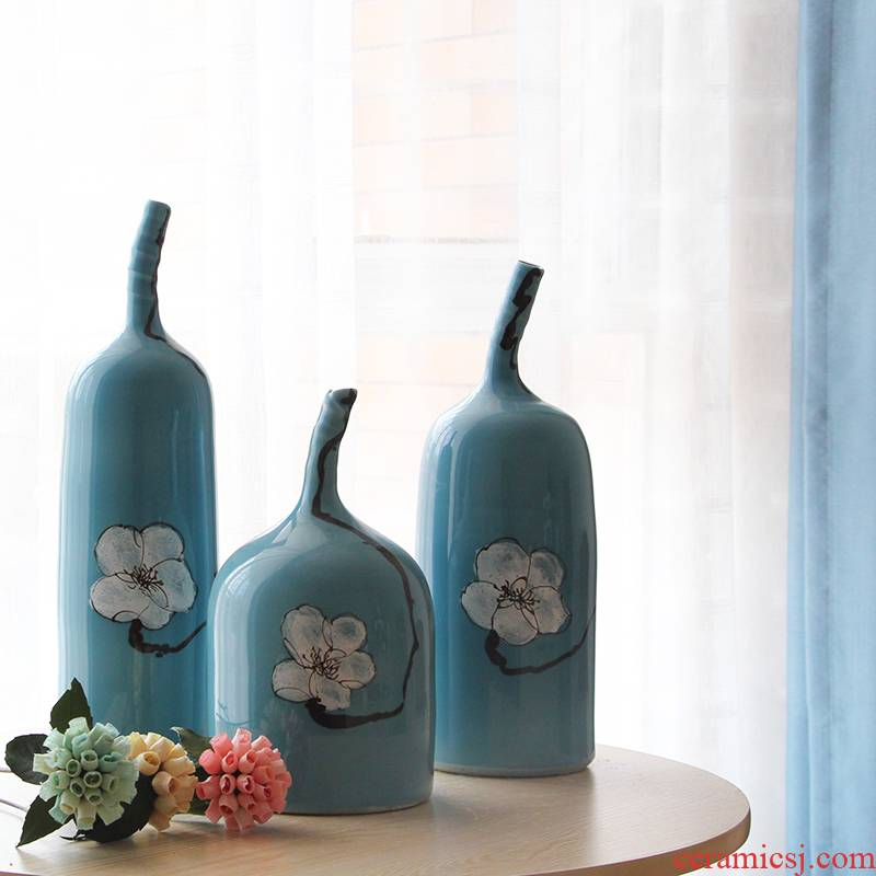 American rural Mediterranean jingdezhen ceramic vase is placed between example household act the role ofing is tasted porch is decorated porcelain
