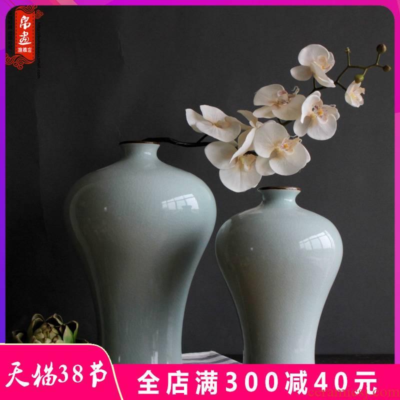 Jingdezhen ceramic vases, antique light white piece of transparent glaze of crack open living room home decoration flower arranging, furnishing articles
