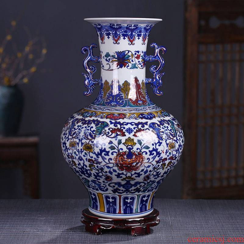Jingdezhen ceramic vases, antique ears bottle see colour vase peony sitting room ground of blue and white porcelain vase