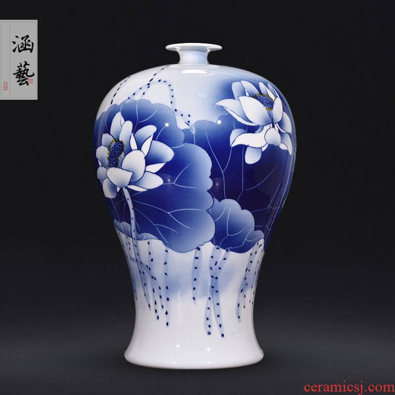 Jingdezhen blue and white lotus mei bottles of new Chinese style living room porch hand - made ceramics flower arranging decorative furnishing articles of handicraft