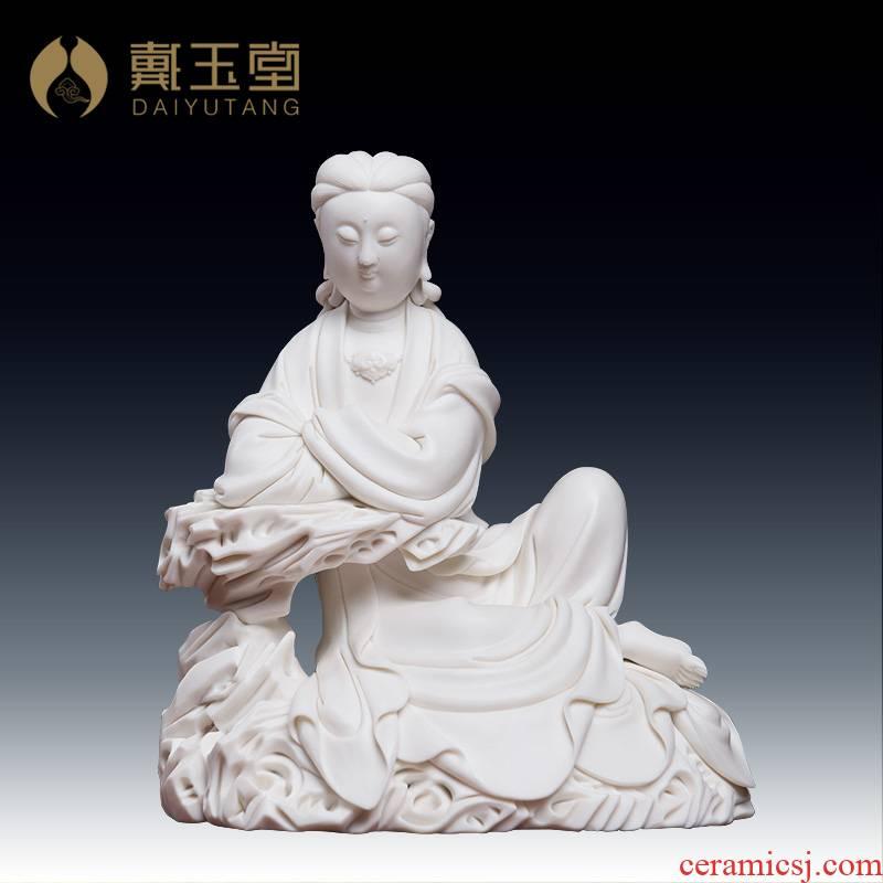 Furnishing articles yutang dai dehua porcelain carving of Buddha avalokiteshvara Liu Mingzhi sat rock guanyin/D19-28