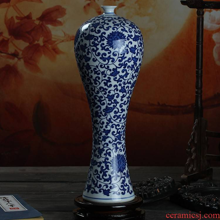 Jingdezhen porcelain vase creative ceramic beauty of blue and white porcelain bottle vase fashionable home furnishing articles sitting room adornment