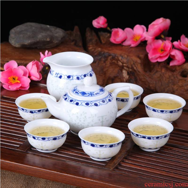 Gardenia kung fu tea set a complete set of jingdezhen porcelain carved tea kettle hand - made ceramic checking