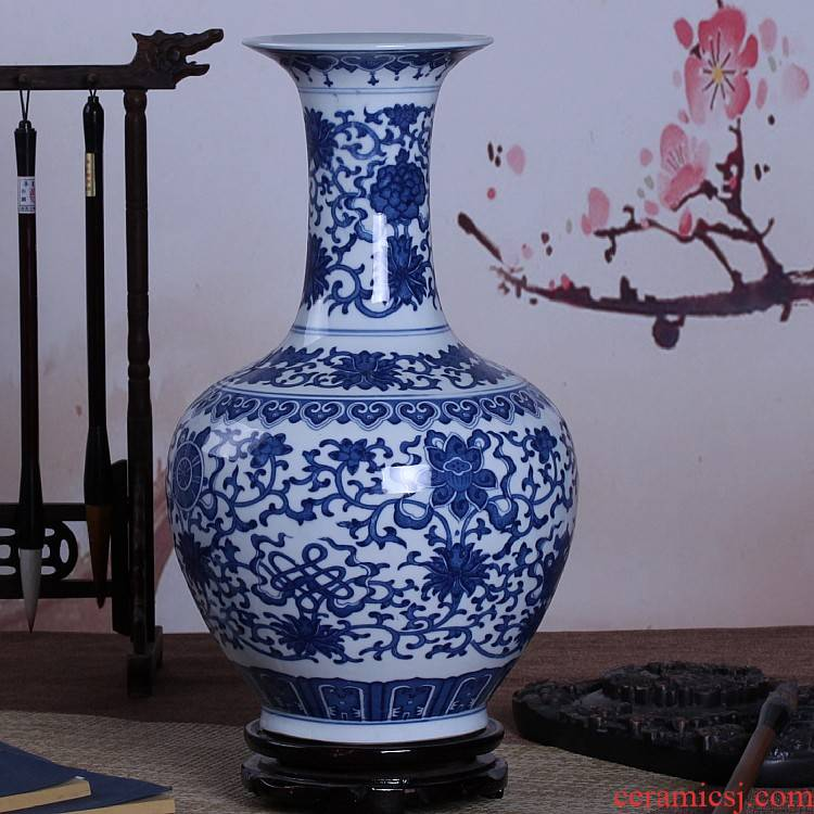 Jingdezhen ceramics antique Chinese blue and white porcelain vase sitting room home flower arranging rich ancient frame handicraft furnishing articles