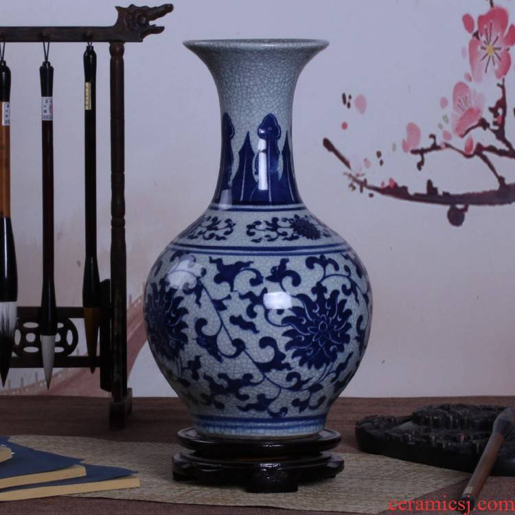 Jingdezhen ceramic vase under the blue and white porcelain vase furnishing articles hand - made porcelain glaze antique classical antique gift wrap and mail
