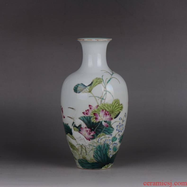 Jingdezhen pianology picking antique art porcelain enamel bottle crane lotus business gifts