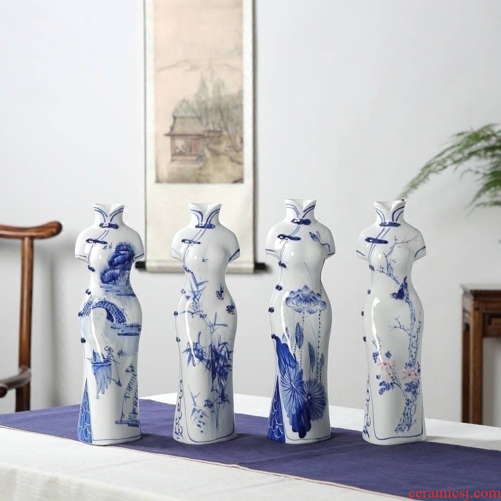 Furnishing articles hand - made cheongsam characters of blue and white porcelain of jingdezhen ceramics crafts new sitting room of Chinese style household act the role ofing is tasted