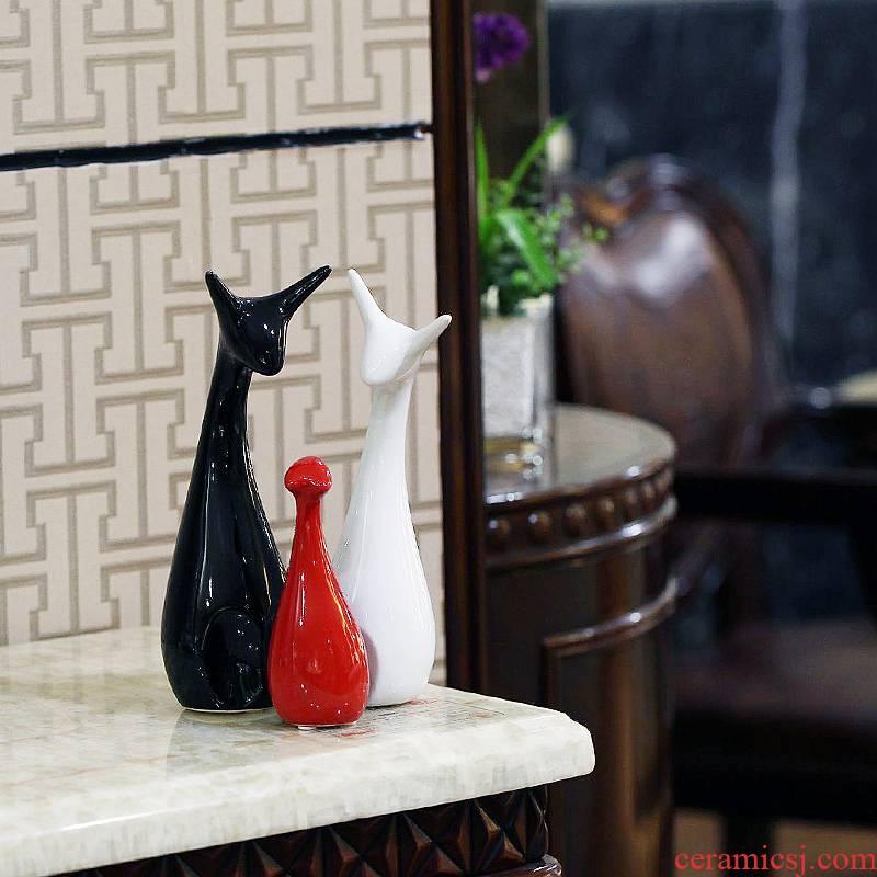 And every modern European household decoration ceramics handicraft decoration furnishing articles wedding gift three - piece sitting room