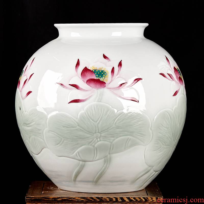 Hand - made cb137 jingdezhen ceramics powder enamel vase carved lotus rhyme celebrity famous porch rich ancient frame furnishing articles