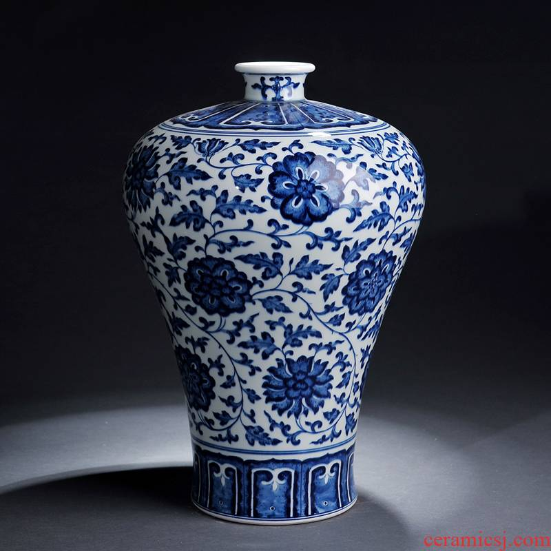 Jingdezhen ceramics yongzheng antique blue and white porcelain vase name plum bottle the stylish arts and crafts home furnishing articles in the living room