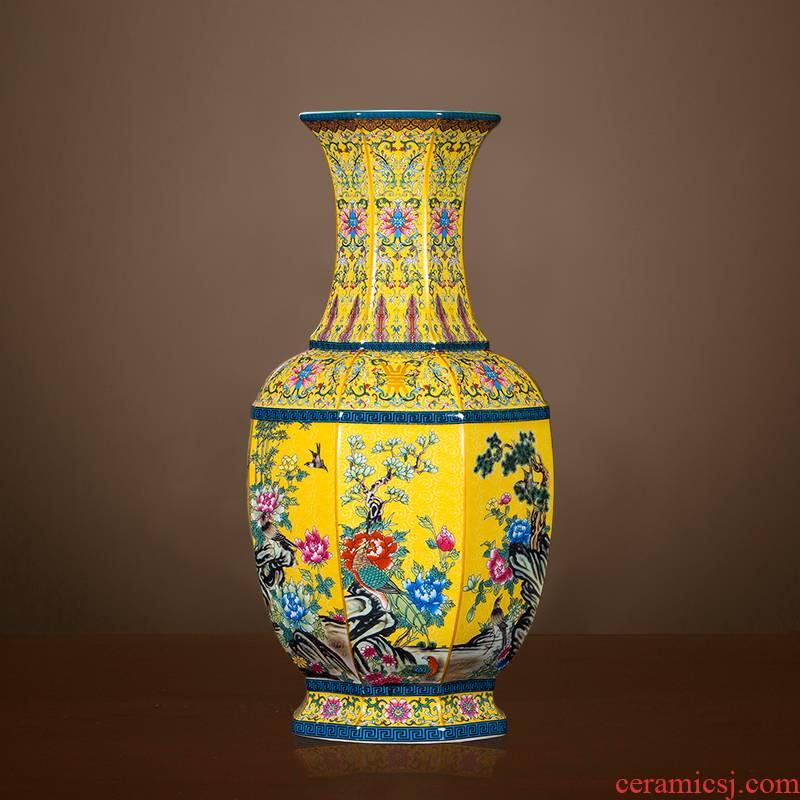 Chinese classical jingdezhen ceramics antique vase imitation qianlong pastel ground adornment is placed large living room