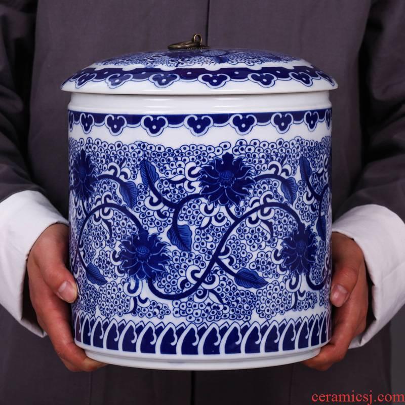Blue and white porcelain of jingdezhen ceramic POTS large puer tea cake jar airtight jar of household storage tank tea pot